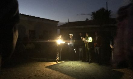 Councillors address residents in darkness