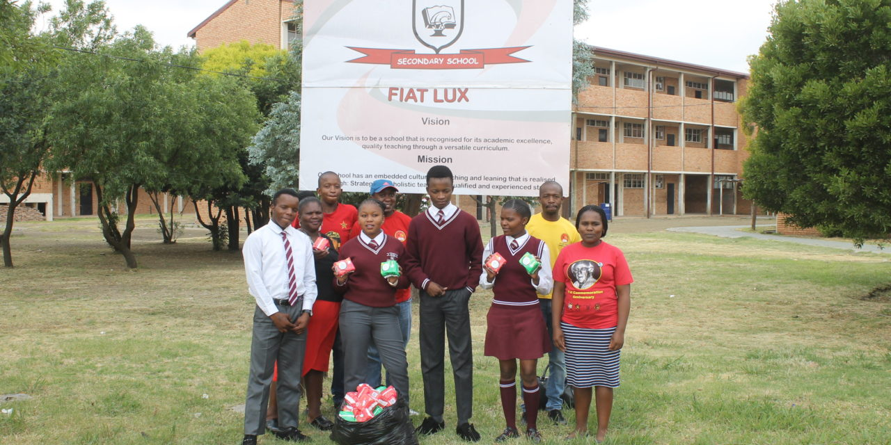 YCLSA Gert Sibande District Committee members Donate Sanitary Towels